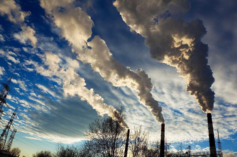Снизилось качество воздуха  в 4 городах республики