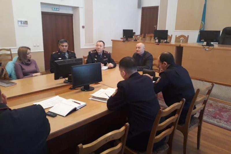 Полиция и таксисты договорились вместе бороться с преступностью в Павлодаре