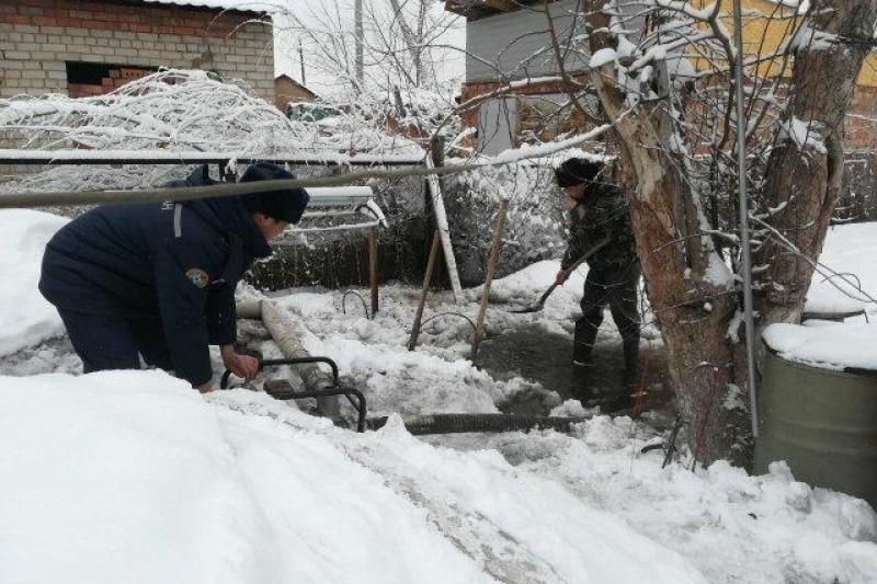Гуманитарную помощь пострадавшим от стихии жителям ВКО собирают в Павлодаре