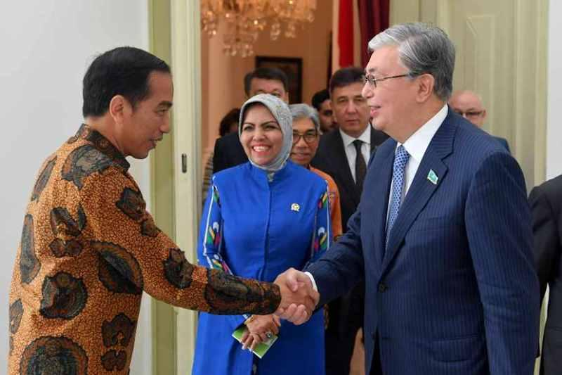 参议院议长访问印尼 会见印尼总统及多位高官
