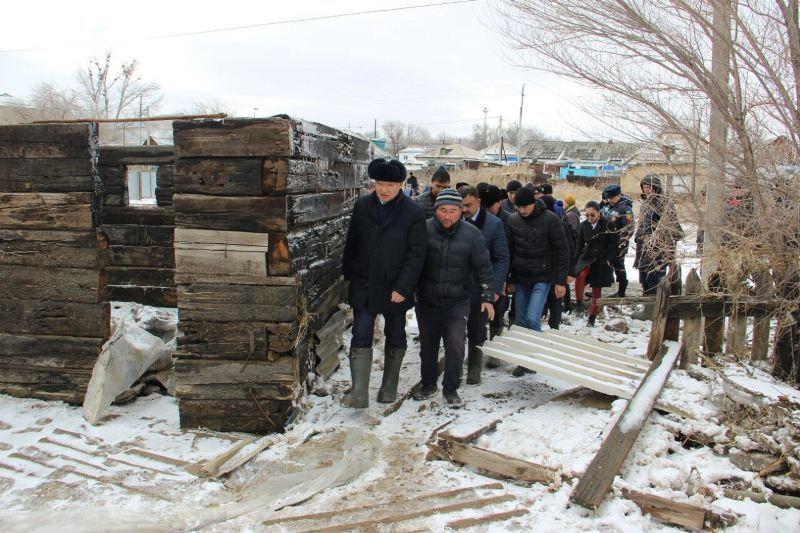 Даниал Ахметов пообещал оказать помощь всем пострадавшим от наводнения в Аягозе
