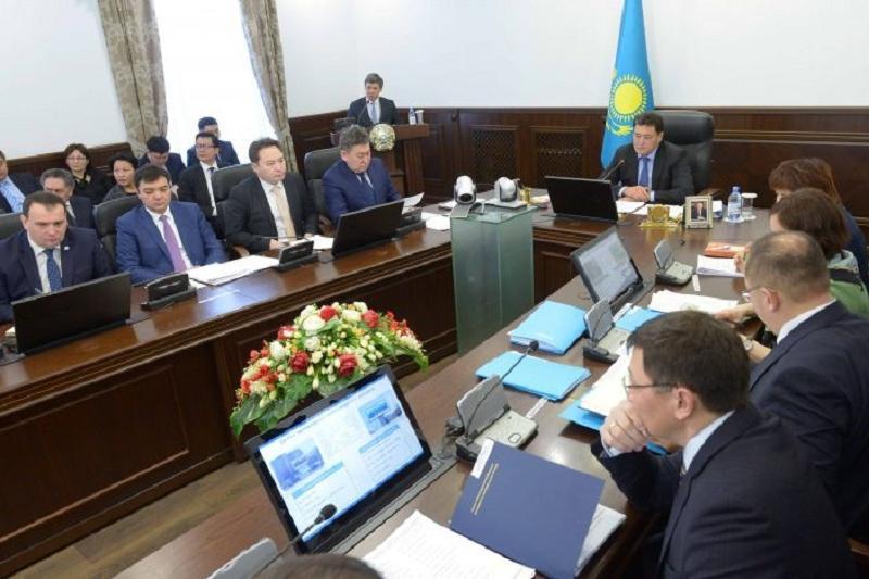 Систему раздельного сбора мусора внедрят в школах и больницах Павлодара