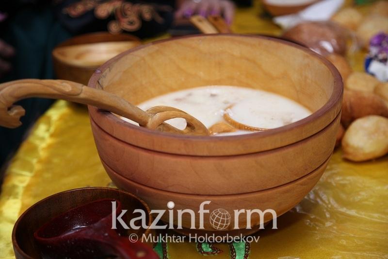 Карагандинка поделилась рецептом Наурыз-коже по-актогайски из белой пшеницы