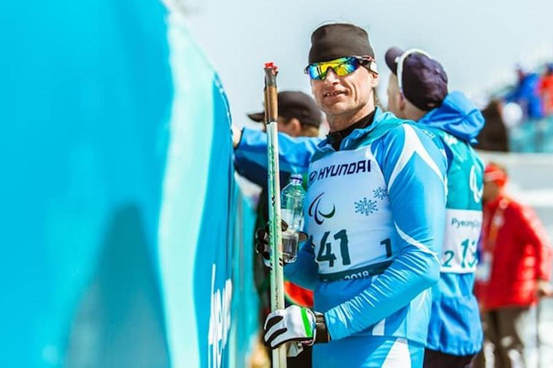 Kazakhstan Paralympic Committee Chairman congratulates Kolyadin on historic gold