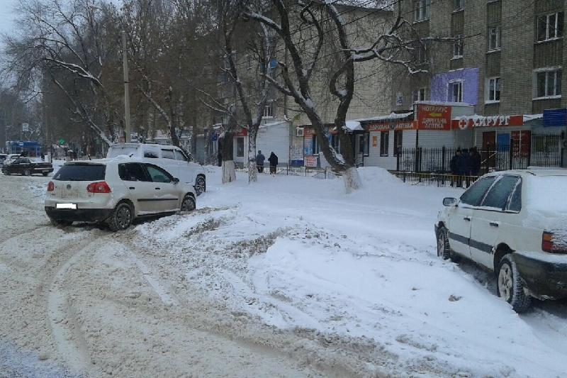 Предпринимателей Уральска будут штрафовать за нежелание вывозить снег