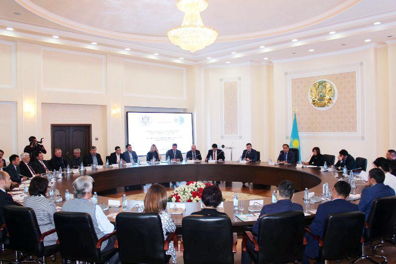 Почти 60 чиновников привлекли к уголовной ответственности в Алматинской области
