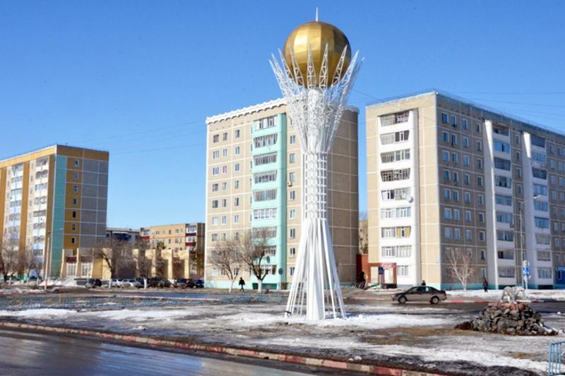 Лисаков қаласында «Бәйтеректің» көшірмесі бой көтерді
