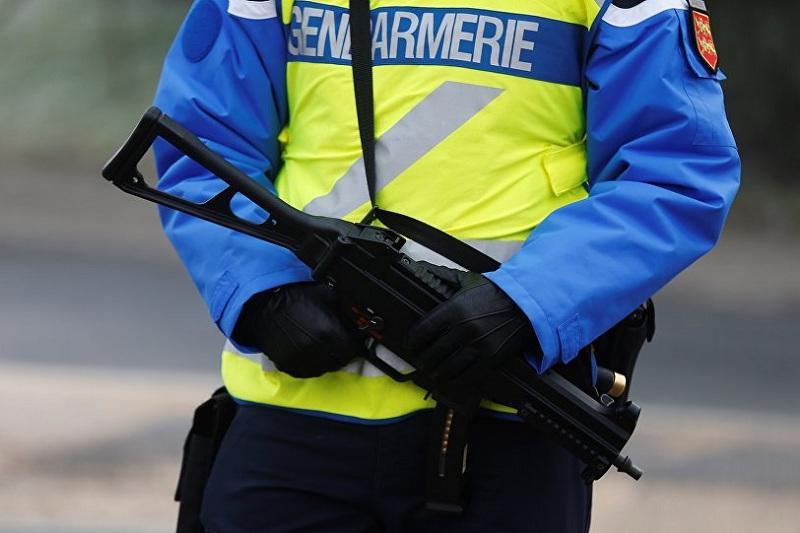 В одном из супермаркетов на юго-западе Франции захвачены заложники