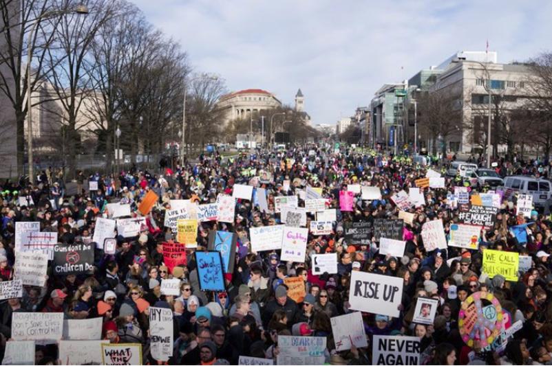 Акция протеста «Марш за наши жизни» прошла в США