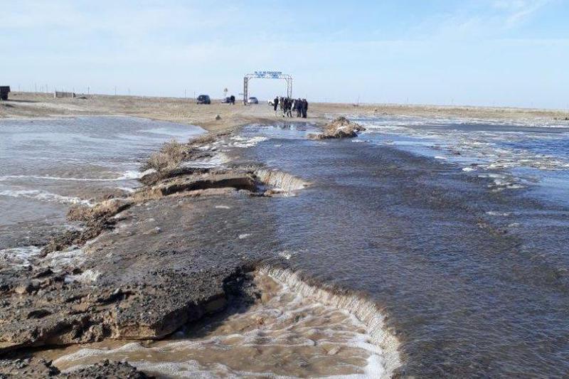 Солтүстік Қазақстанда су тасқыны салдарынан  жол жабылды