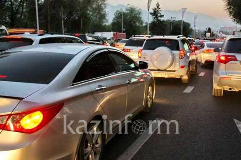 Алматының Алтынсарин көшесінде жол қозғалысы шектеледі