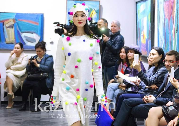 哈萨克斯坦设计师服装品牌国外备受欢迎