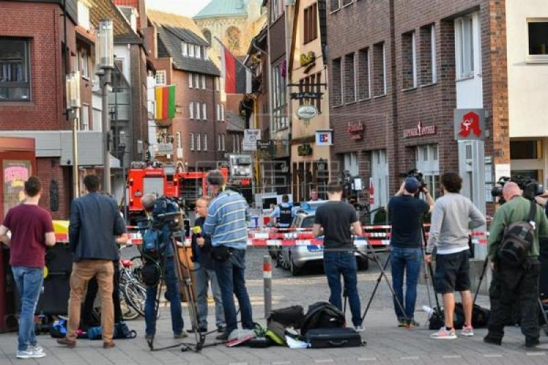 Police confirm 3 dead, 20 injured after truck rams crowd in Germany