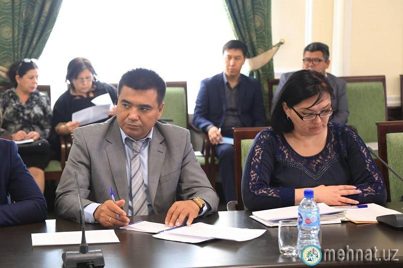 Өзбекстан шетелге баратын еңбек мигранттарына 100 автобус бермек
