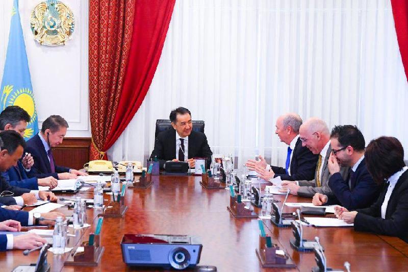 总理会见壳牌公司代表团