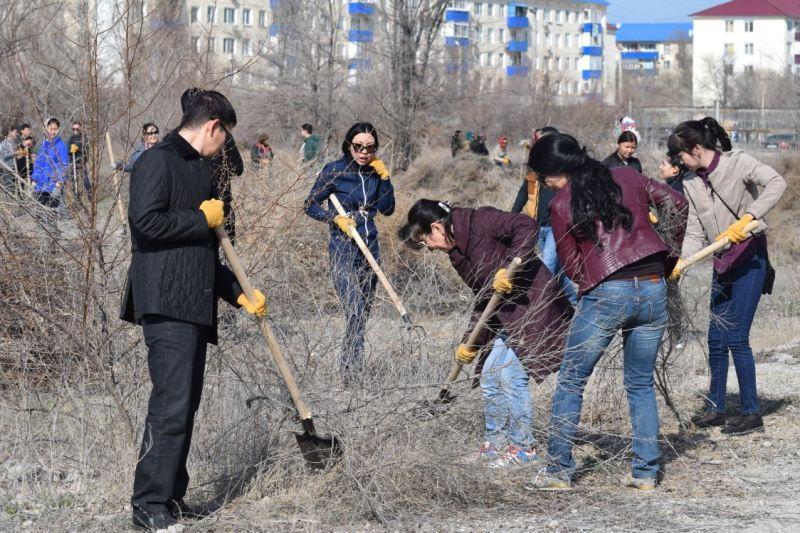 Бесхозный парк возрождают в Атырау