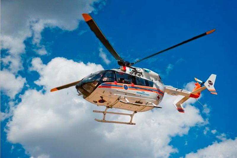 Трех детей экстренно доставили в больницы на вертолете в Павлодарской области