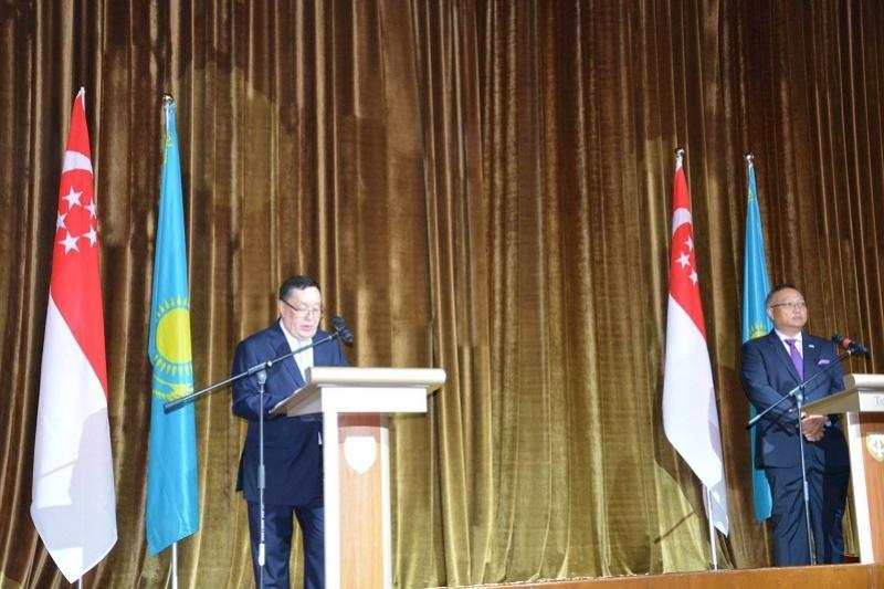 哈萨克斯坦驻新加坡大使馆举行建交25周年庆典招待会