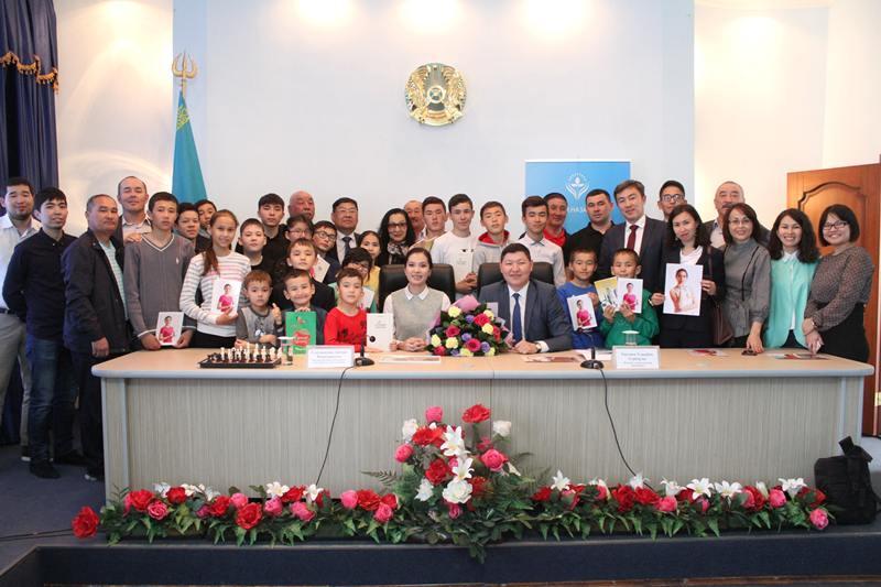 Шахматную академию Динары Садуакасовой откроют в Атырау