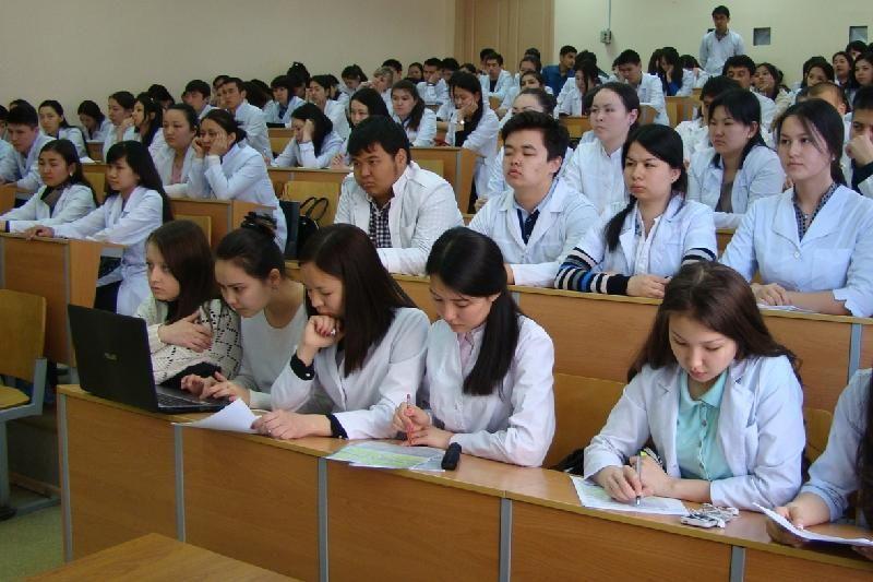 Астана медицина университетінен шу шықты: 117 студент оқудан шығарылды