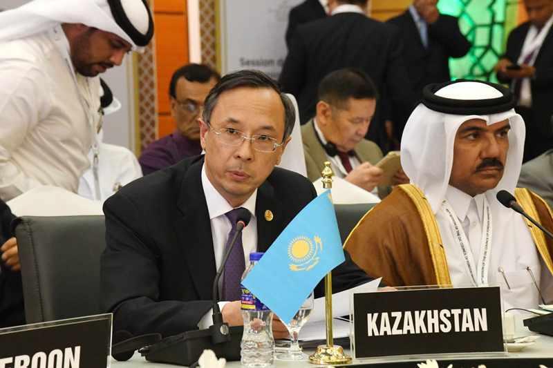 阿布德拉赫曼诺夫出席伊合组织外长理事会会议