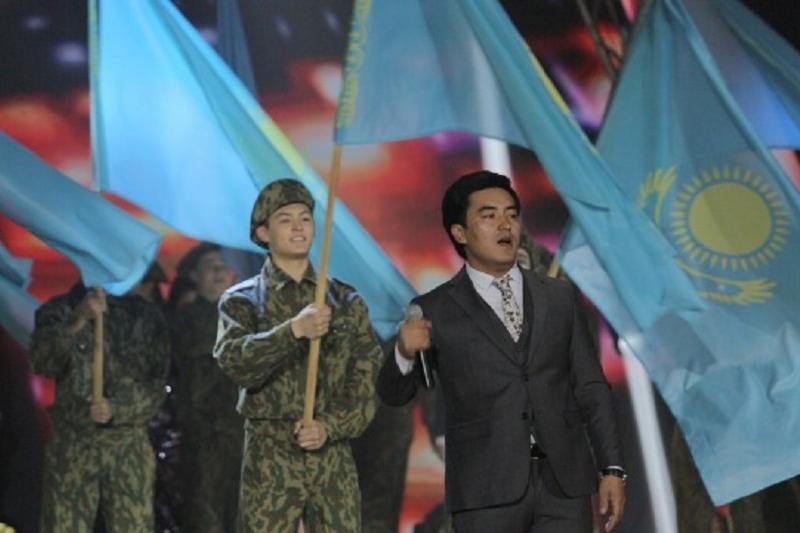 Праздничный концерт ко Дню защитника Отечества растрогал павлодарцев