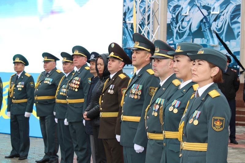 Солтүстікқазақстандықтарға мінсіз қызметі үшін медалі тапсырылды