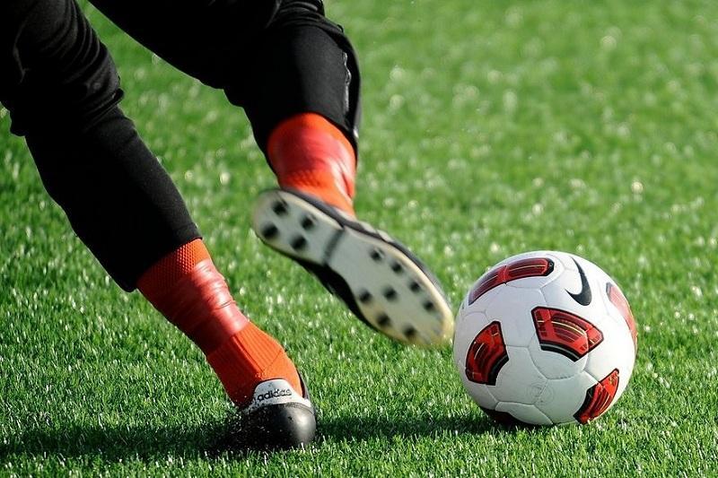 ЧЛ финалы: 1-таймда қарсылас екі команда да негізгі футболшыларынан айырылды
