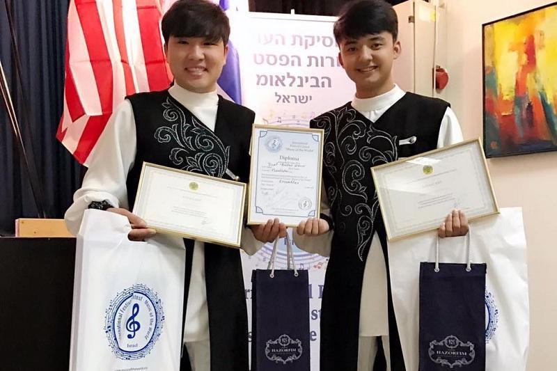 哈萨克斯坦冬不拉乐队组合再次荣获国际冠军