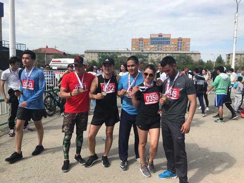 Больше 3 тысяч человек принимают участие в Atyrau Marathon-2018