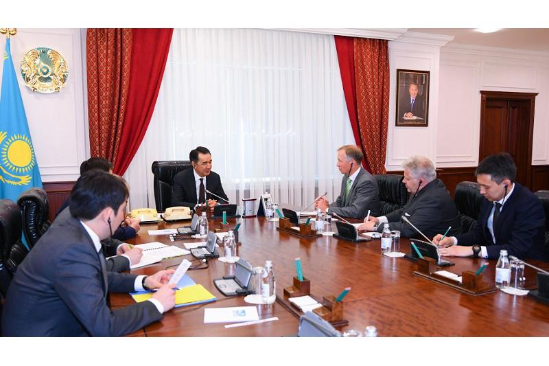 Kazakh PM, Nokia Vice President mull coop issues