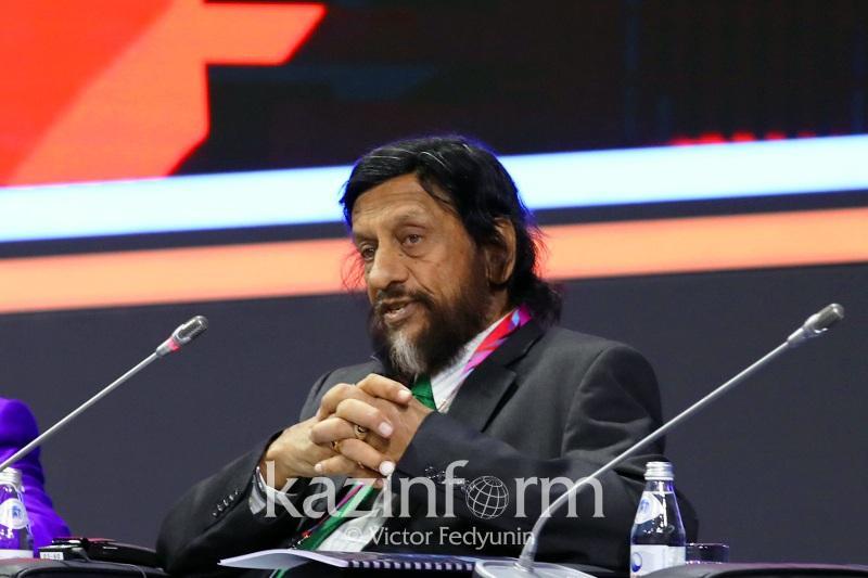 Манифест по продвижению энергии будущего подготовили Нобелевские лауреаты в Астане