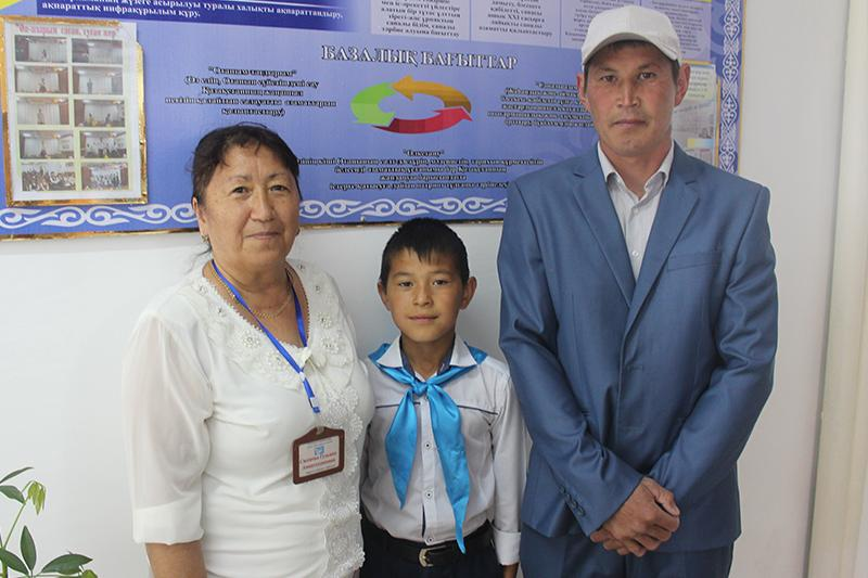 Школьник спас тонувшего 3-летнего ребенка в Западном Казахстане