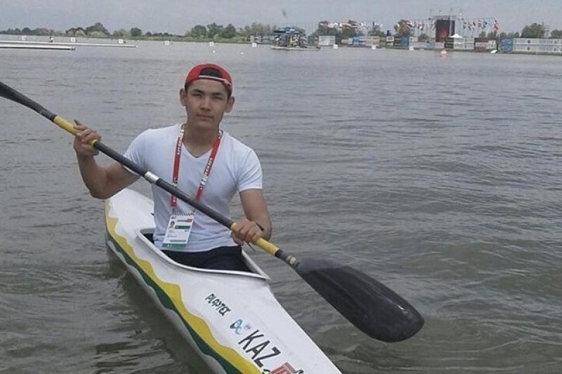 Казахстанец пробился в финал кубка мира по параканоэ