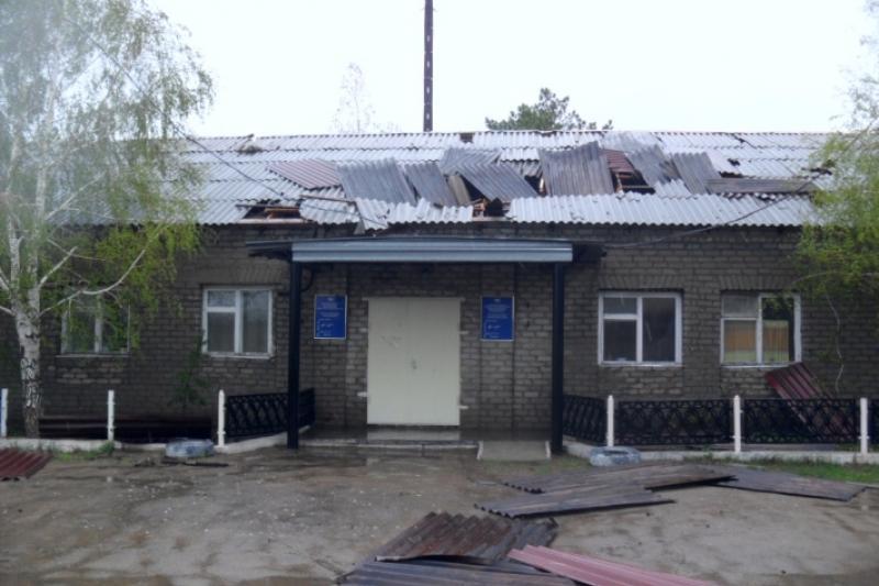 Сильный ветер повредил крыши социальных объектов в павлодарских сёлах