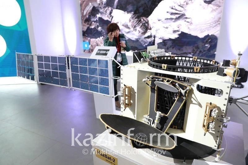 Казахстан запустит два спутника для испытания отечественных ноу-хау