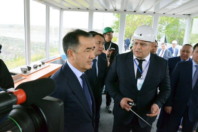 PM gets acquainted with 'smart mine' technology in Kostanay region