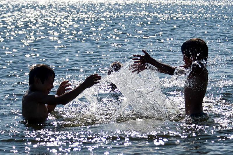 Власти Павлодарской области определяют места для организованного купания летом