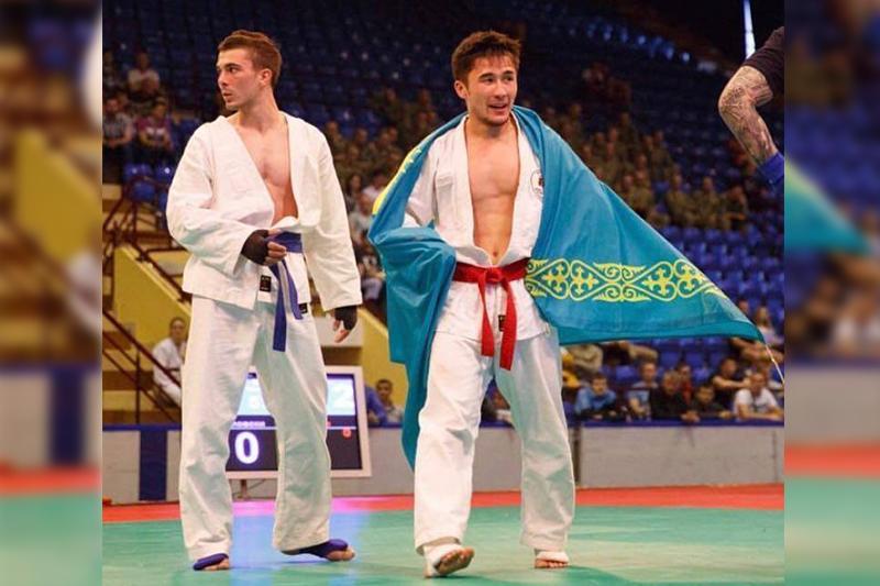 Екі қазақстандық қоян-қолтық ұрыстан Еуропа чемпионатының жеңімпазы атанды