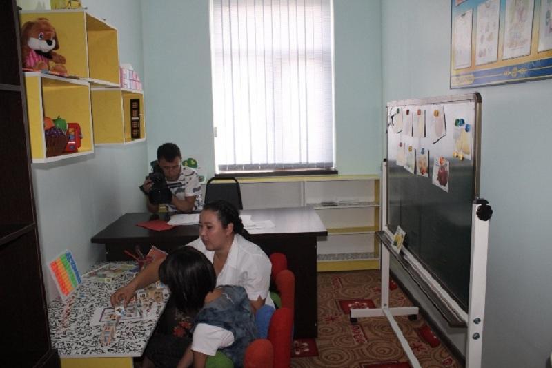 Число центров реабилитации детей-инвалидов растет в ЮКО