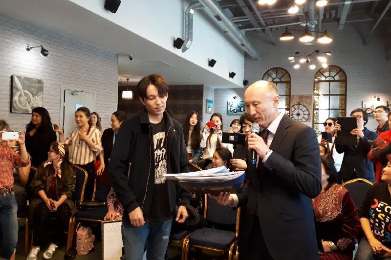 Димаш Кудайберген стал послом казахстанского туризма