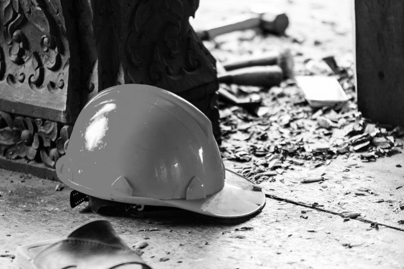 Рабочий погиб на территории алюминиевого завода в Павлодаре