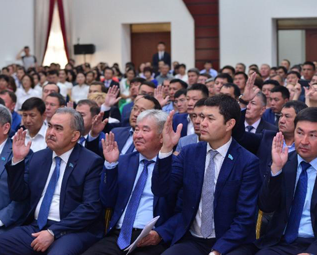 Депутаты и акимат Шымкента инициировали совместное решение о статусе города