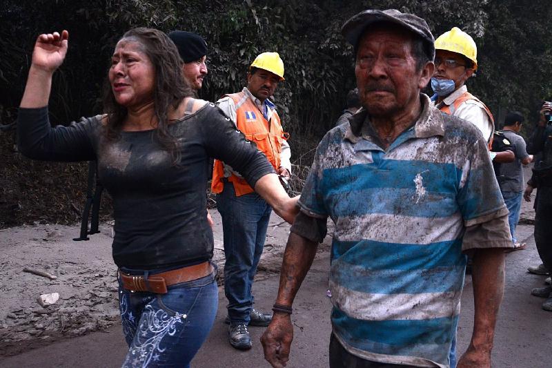 Количество жертв смертоносного вулкана в Гватемале растет