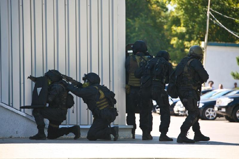 Антитеррористические учения проходят в аэропорту Алматы