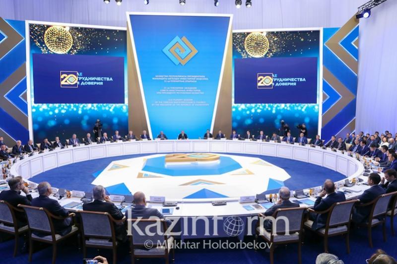 Нұрсұлтан Назарбаев Қазақстанның ары қарай дамуының бес негізгі бағытын атады