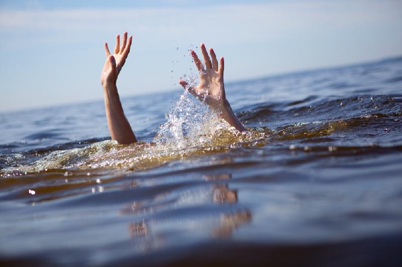 Мужчина и ребенок в ЮКО утонули во время купания в реке Сырдарья