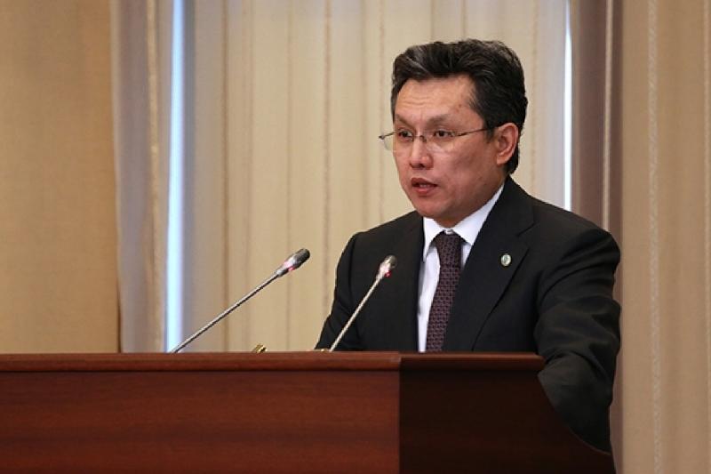 Более 50 млрд тенге не успевают освоить министерства - Бахыт Султанов