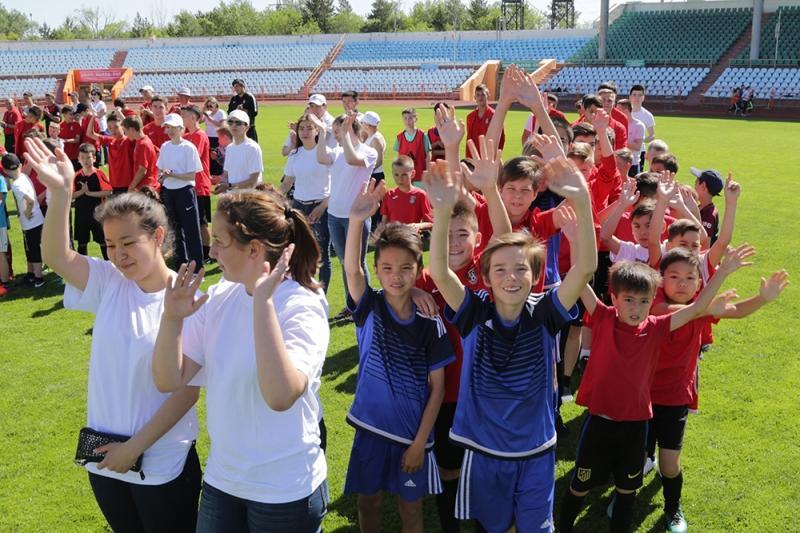 Более 500 юных карагандинских спортсменов поддержали челлендж «Другой ты!»