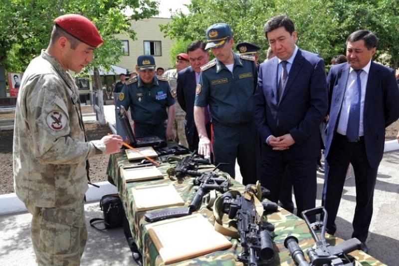 Ерлан Кошанов посетил воинскую часть, где служил Головкин